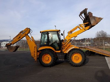 Backhoeloader JCB 4CX-year 2003
