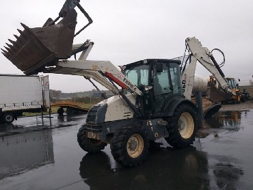 Excavator NEW HOLLAND E 215, year 2007
